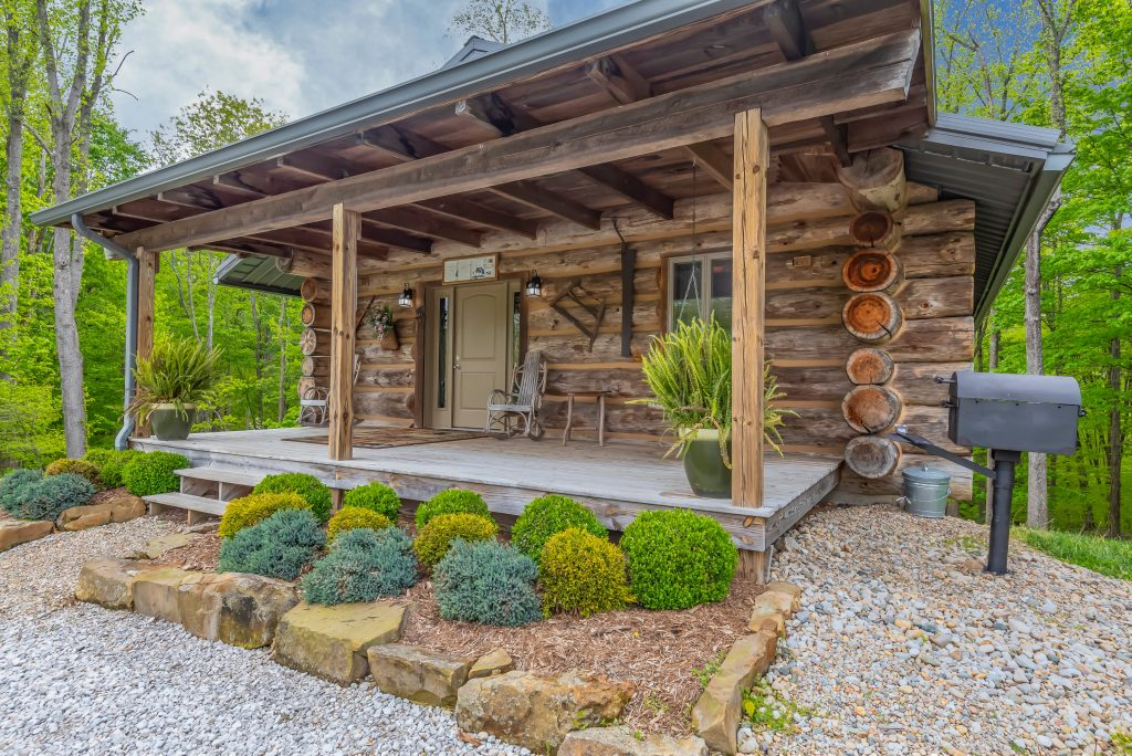 About Antler Log Cabins Vacation Rentals